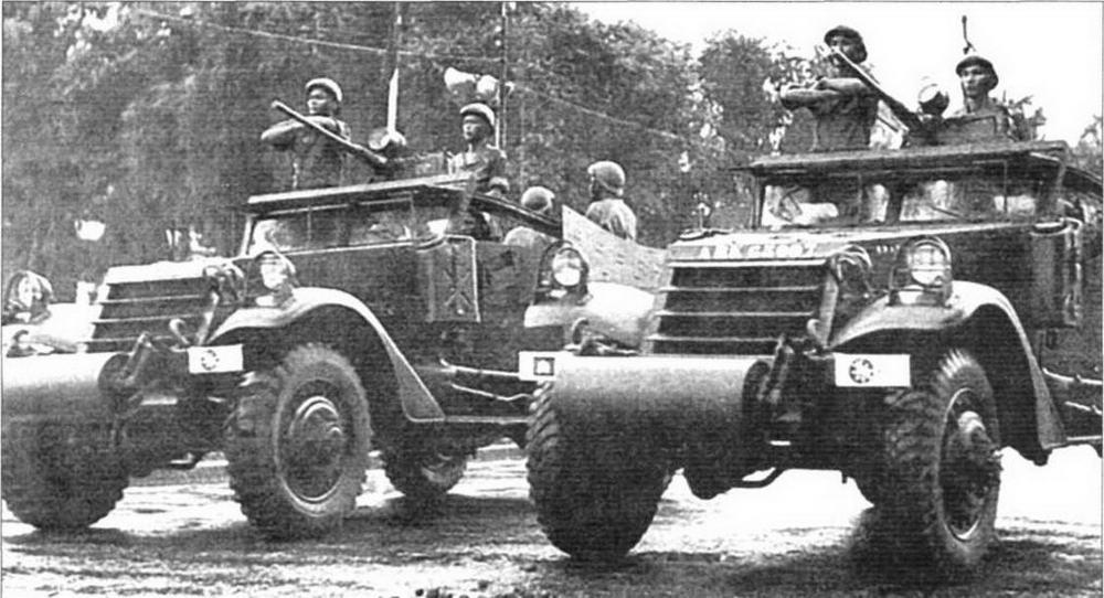 «Скауты» армии Камбоджи на параде. Пномпень, 1972год
