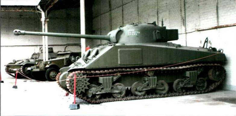 Средний танк М4А5С с английской 17-фунтовой пушкой
