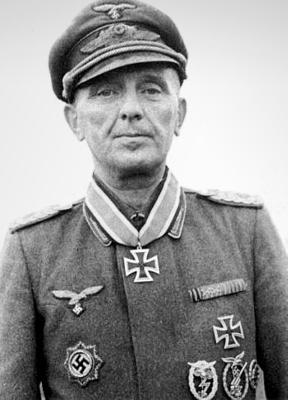 Кавалер Рыцарского креста зенитчик Людвиг Булла