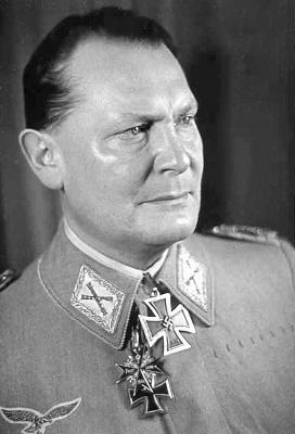 Единственным кавалером Большого креста во 2-ю мировую войну стал рейхсмаршал Герман Геринг
