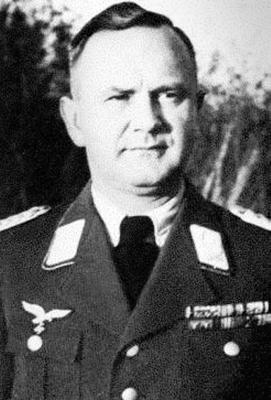 Командир 1-й авиаполевой дивизии Антон Карл Лонгин
