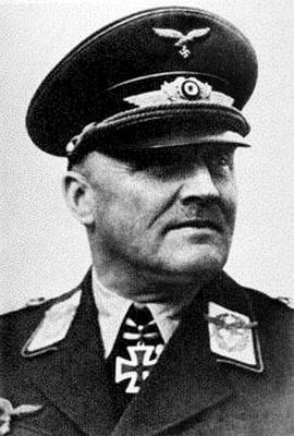 Командующий 5-м воздушным флотом Ганс Юрген Штумпф
