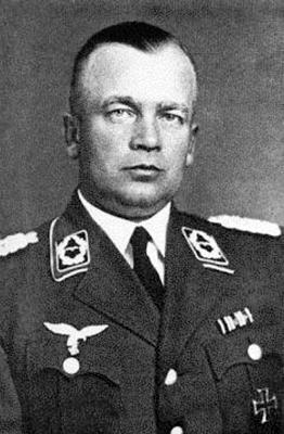 Высший командующий полевыми зенитными училищами Ганс Симон
