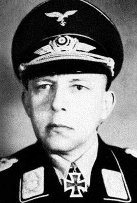 Александр Холле