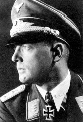 Командир 6-й парашютной дивизии полковник Гарри Херрман