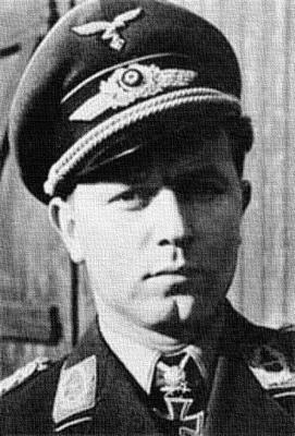 Командир 1-й истребительной эскадры Вальтер Оесау