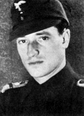 Исполняющий обязанности командира 7-й истребительной эскадры Рудольф Зиннер