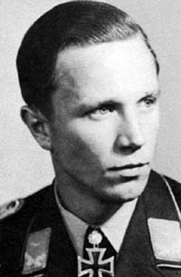 Командир 10-й эскадрильи 51-й истребительной эскадры Франц Йозеф Бееренброк