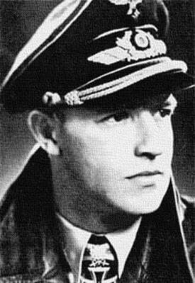 Командир 300-й истребительной эскадры Антон Хакль