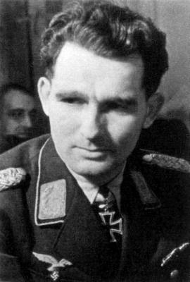 Командир 10-й истребительной группы Георг Кристль