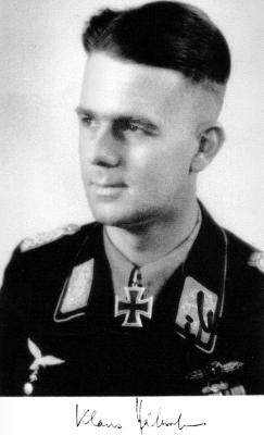 Кавалер Рыцарского креста, командир 1-й группы 51-й бомбардировочной эскадры Клаус Хэберлен