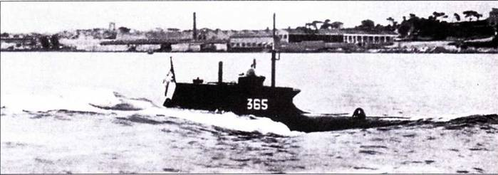 Немецкая сверхмалая подводная лодка типа Seehund.