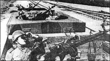 Советские железнодорожные зенитчики. Карельский фронт. Май 1943 года.