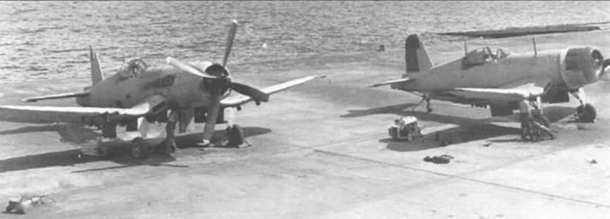 После начала войны в Корее, F4U-5 и другие модификации «Корсара» извлекли с баз хранения и использовали в боевых действиях. Самолеты на снимке в 1950 году прошли ремонт на авиабазе Джэксонвилл, Флорида.