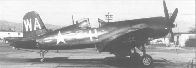 F4U-5P (BuNo 121977) из HEDRON-12 с бортовым номером 11 и кодом «WA» на вертикальном оперении. В 1949 году самолет обычно базировался на аэродроме КМП Эль Торо, Калифорния.