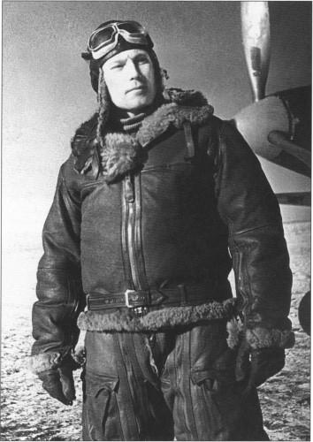 «Как воздушный боец, Александр Иванович — непревзойденный ас… Никому не дано встать на одну ступеньку рядом с ним!»