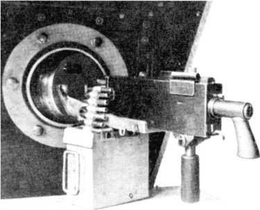 Шаровая установка 7,62-мм пулемета М1919 «Браунинг» танка Mk VIII.