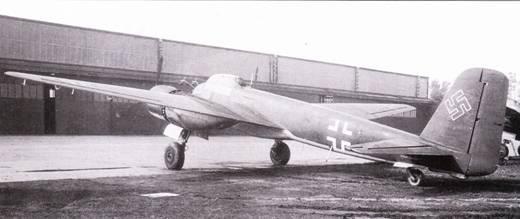 Четыре из шести 20-мм пушек MG-131 ни самолете Ju-88R-2 были установлены в подфюзеляжном контейнере.