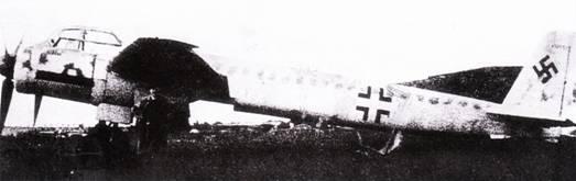 Ju-88G-10 отличался удлиненной задней частью фюзеляжа и сначала предназначался для использования в качестве истребителя- перехватчика. Однако потом планировалось все серийные машины выпускать как «Мистель-3», сцепки с истребителями Fw-190.