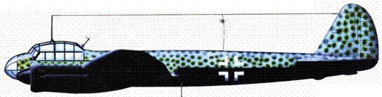 Ju-88S-3, вероятно из I./KG 66, север Фриш ни, вторая половина 1943 года. Обратите внимание на отсутствие свастики на киле. Некоторые Ju-88S из KG 66 сохранили только нижнюю часть креста, тогда как верхнюю также закрывал камуфляж.