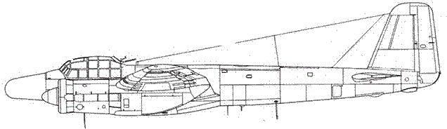 Junkers 88 G-6 впереди – антенна радара FuG 240 Berlin N-1a