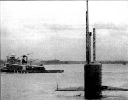 В сентябре 1989 г. на Чарльстон, Южная Калифорния, обрушился ураган «Хьюго». «Нарвал» тогда находился на ремонте в сухом доке. Командир 10-й группы подводных лодок контр-адмирал Арлингтон Ф. Кэмпбелл отдал приказ вывести корабль из дока. Ураган «Нарвал» переждал на дне порта Чарльстон.