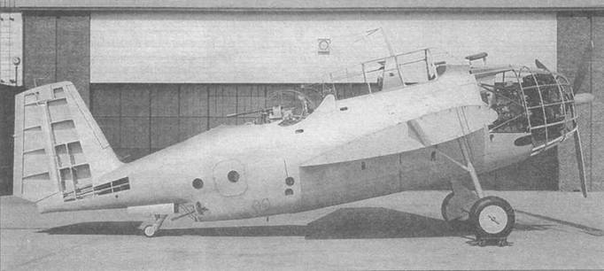 Макет XTBF-1, показанный представителям флота 6 июля 1940г.
