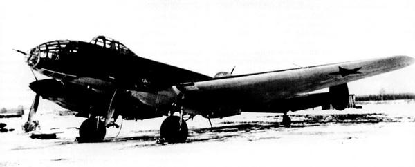Первый вариант ДБ-240 с дизелями