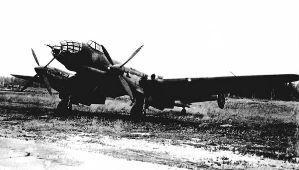 <a href='https://arsenal-info.ru/b/book/1037395012/10' target='_blank'>Самолет Ер-2</a> 2М-30