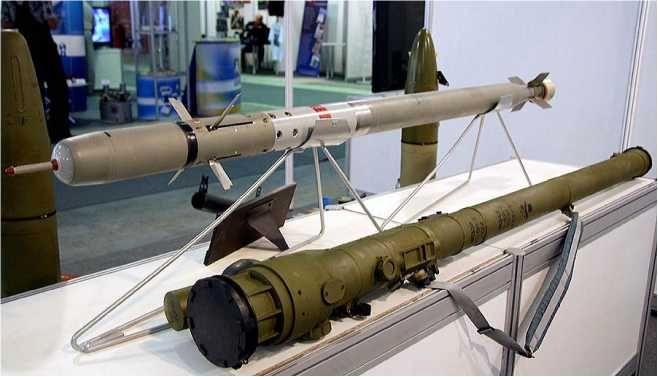 ФОТО 2. ПЗРК 9КЗЗЗ «Верба» — пусковой механизм 9П521 и ракета 9М366 //