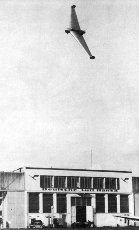 Показательный полет Дельта I на аэродроме Темпельхофф в Берлине, 25 октября 1941г.