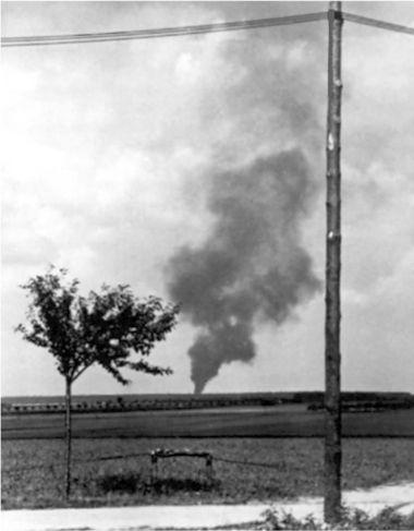 Зигфрид Шуберт сбил свой первый B-17, 11 сентября 1944г. Бомбардировщик разбился вблизи деревни Борсдорф, около восьми километров к западу от аэродрома.