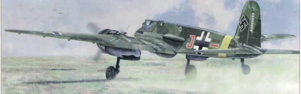 Кавалер Рыцарского креста оберлейтенант Рудольф Руффер на Hs 129В-2 взлетает на штурмовку советских войск на Кубанском секторе Восточною фронта, весна 1943 г.