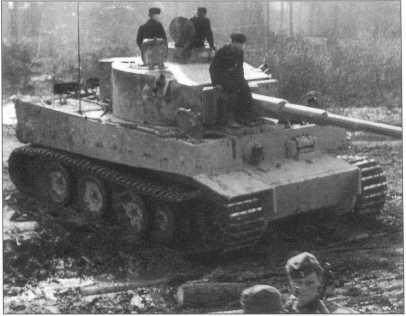 502-й тяжелый <a href='https://arsenal-info.ru/b/book/348132256/10' target='_self'>танковый батальон</a>   (schwere Panzer-Abteilung 502)   511-й тяжелый танковый батальон   (schwere Panzer-Abteilung 511)