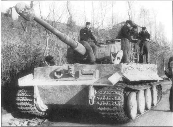 Танки 508-го батальона на итальянском фронте. Февраль 1944 года.