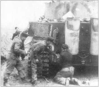 «Тигры», подбитые британскими войсками в районе станции Литтория (Littoria), Италия, 25 мая 1944 года.