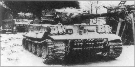Pz.Kpfw.VI Ausf.E «Тигр» на территории Курляндии. Латвия, январь 1945 года.