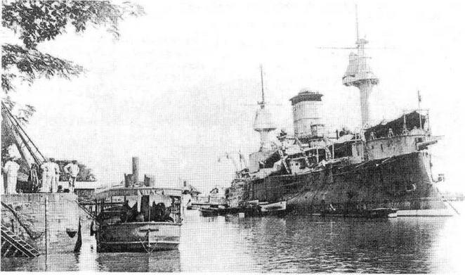 """Броненосец """"Рвдутабль<sup>я</sup> во время службы на Дальнем Востоке. 1900-1907 гг."""