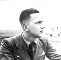 Пилот второй эскадрильи лейтенант Эдгар Ремпель.