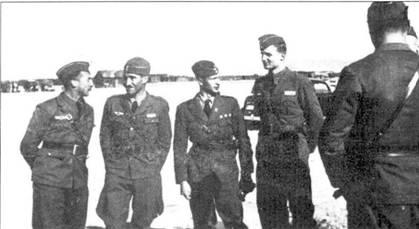 Четыре штаффелькапитана J/88. Слева на право: Сшельманн, Галланд, Сшильтинг и Эльса.