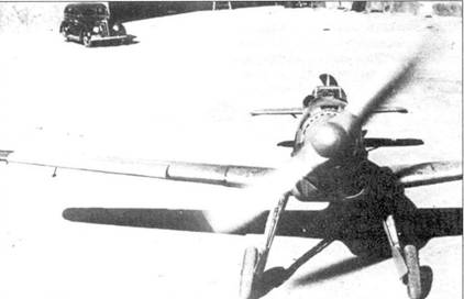 Захваченный республиканцами Bf.109В-1.