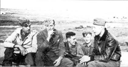 Пилоты Bf.109. Слева на право: Хейно Грейсерт, Рольф Пател, Макс Шульц, Герман Станге и Хейн Крюкер.