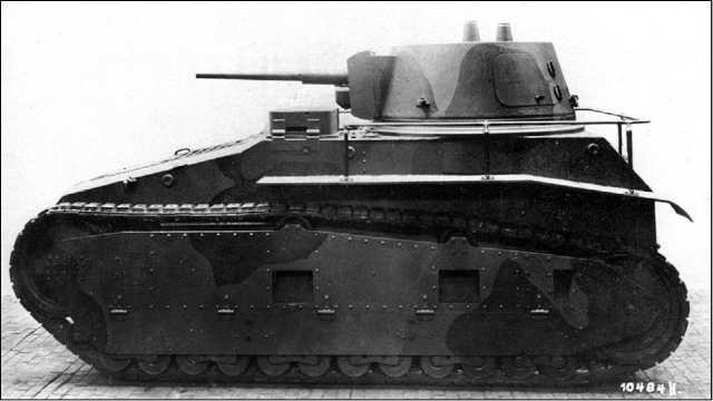 Leichttraktor («Легкий трактор») фирмы Rheinmetall. Эта машина также испытывалась в Советском Союзе.