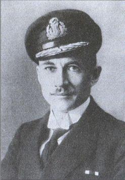 Командующий ВМС Эстонии с 1925 по 1932гг.— барон Г.А.Э. фон Зальца (Сальза)