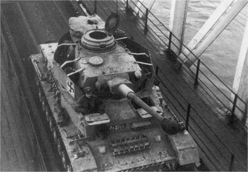 Pz.IV Ausf.J финской армии. Октябрь 1944 года. У этой машины демонтированы противокумулятивные экраны на корпусе.