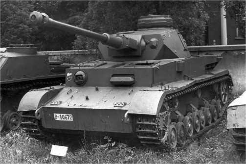 Pz.IV. Ausf.J поздних выпусков в экспозиции военного музея в Софии.