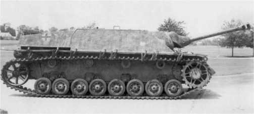 Для противотанковой САУ Jagdpanzer IV был характерен низкий силуэт что давало ей преимущество в бою.