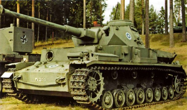 Pz.IV Ausf.J в экспозиции танкового музея в Пароле, Финляндия.