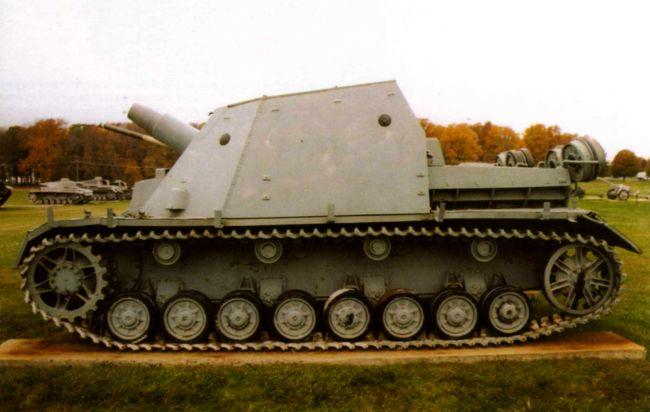 Штурмовой танк Brummbar второй серии в экспозиции Военного музея на Абердинском полигоне, штат Мериленд, США.