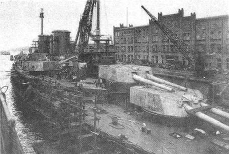 """Линейный крейсер """"Зейдлиц"""" на достройке. 1912 г."""